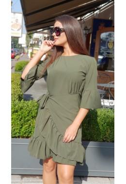 Стильное платье с рюшами цвета хаки