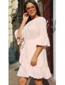Стильное платье с рюшами цвета пудра