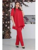 Костюм брючный с кофтой свободного кроя красного цвета