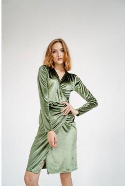 Изящное оливковое бархатное платье на запах