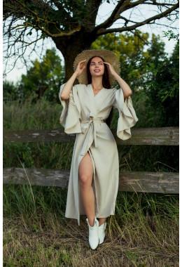 Изящное миди платье бежевого цвета